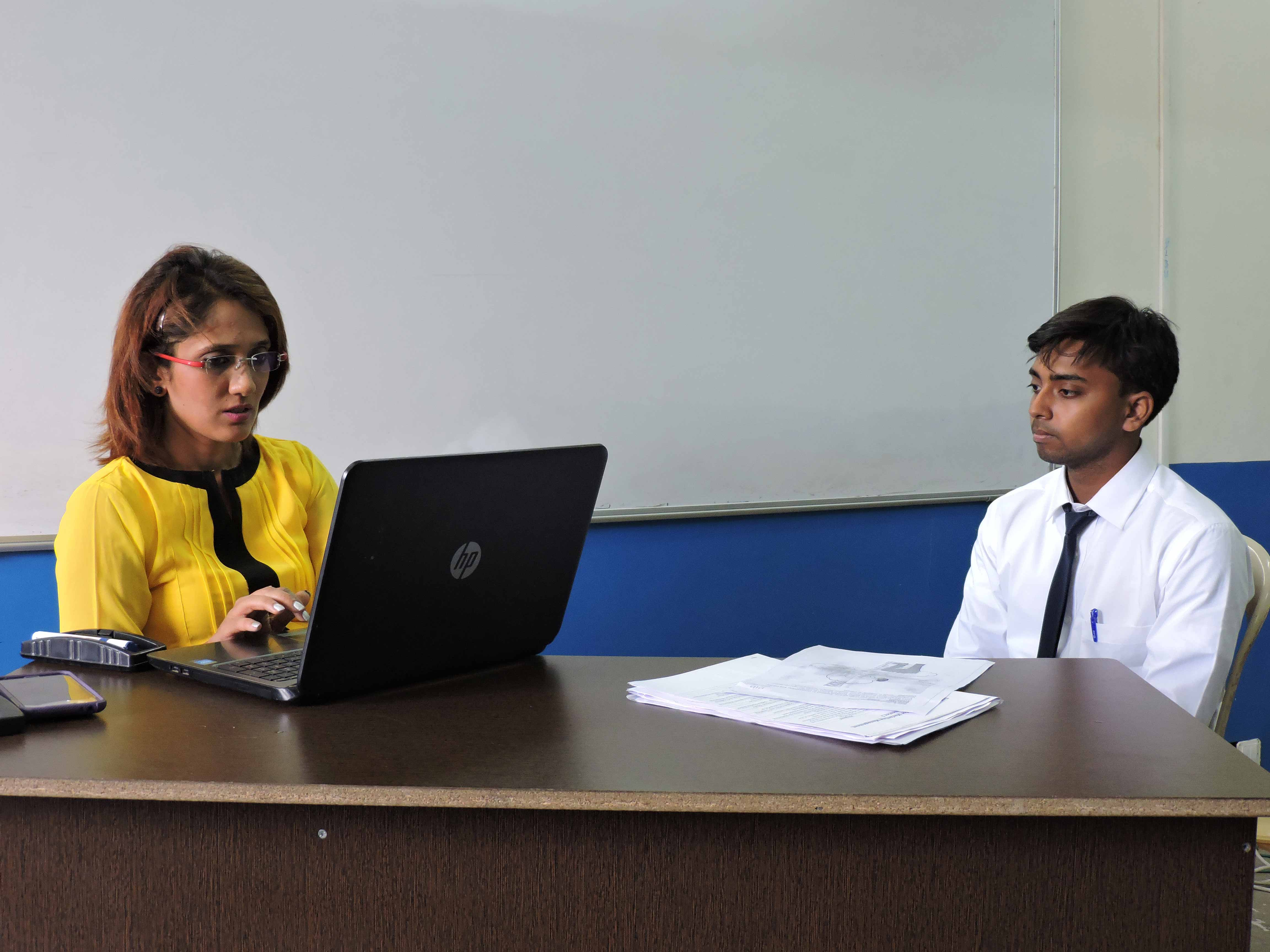 Communication training by Ms. Fatema Abbas_Confidence Building_PIBM Pune